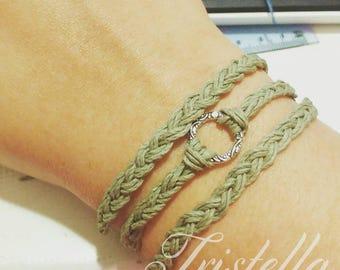 Braided Hemp Bracelet - Woven Bracelet - Macrame Bracelet - Vegan Jewelry - Hemp Jewelry - Women's Bracelet - Gift for Mom - Natural Jewelry