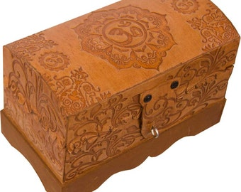Beautiful Leather OM Keepsake Box / Reiki Box / Jewelry Box