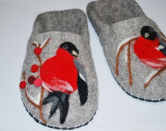 Felted 100% wool handcrafted bullfinch slippers/boots!!! Handmade!