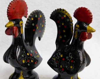 Brownware Rooster Salt and Pepper Shaker Set - Japan