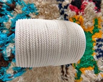 Cordon en coton macramé tressé en bobine de 5mm de 100m / 109yd couleur naturelle corde robuste cordon en coton 5mm cordon en macramé plante cintres murales