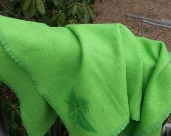 wool airline blanket, NOS, wool blanket, airline blanket, made in Canada, canadian blanket, saudi airlines blanket