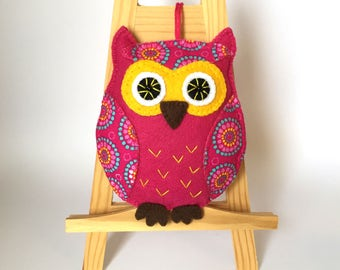 Handmade Felt Owl , Felt Ornament, Crimson Owl, Felt Owl, Bright Owl, Colourful Felt Owl, Home Decor, Owl for home