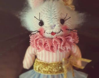 Vintage little bunny made by Loliña