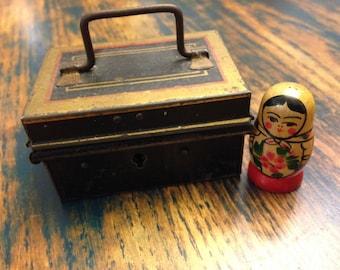 Tin toy English banker's box