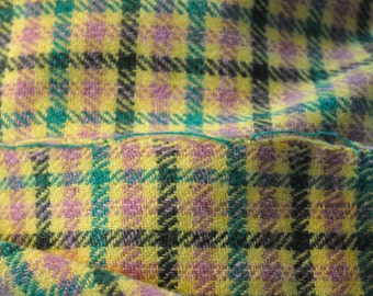 Dogs tooth check wool fabric 1.4 metres