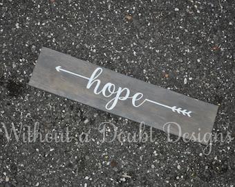 Rustic Hope Sign Arrows Wall Decor