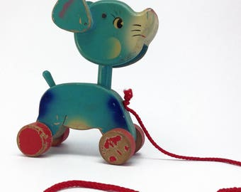 Vintage Wooden 1950's Mouse Pull Toy