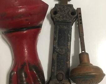 Antique old metal cast iron eagle claw singel foot bathtub part, lock snd knob