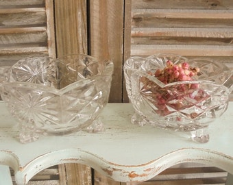 Vintage pair 2 Stck.Pressglas cups glass bowl of chocolates