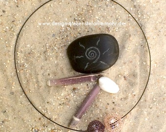 """wire crochet """"BUBBLE"""" necklace mauve/rosé gold with moving fresh water pearls"""