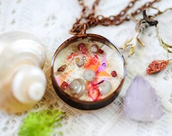 Iridescent Seashell Necklace, Iridescent jewelry, beach necklace,California keepsake, botanical jewelry, boho,seashell pendant, gift for her