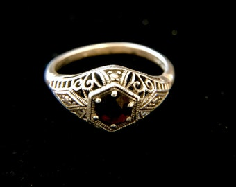 Sterling Silver Retro Styled Filigree Ring With Garnet, Size 8.5