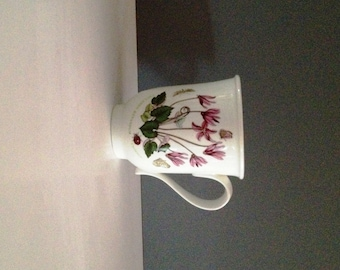 Portmeirion Botanic Garden Fine Earthenware Botanical Garden Beaker 'English' Mug - Cyclamen Repandum 'Cyclamen with Moth'; New, Vintage