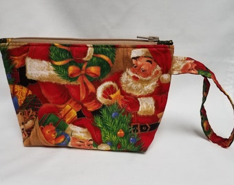 Santa Claus Quilted Wristlet