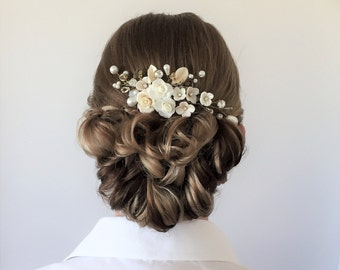 Ivory Gold Rhinestone Pearl Bridal Comb, Vintage Pearly Floral Comb, Bridal Hair Accessory, Warm Ivory Light Gold Garden Wedding