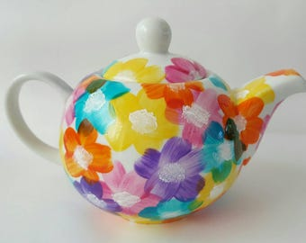 Hand Painted Floral teapot (500ml) inspired by Alice in Wonderland