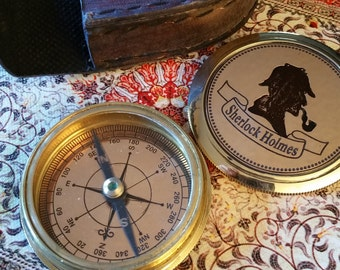 Sherlock Holmes theme compass with leather case