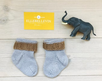 Vintage Baby Boy Clothes, Baby Boy Socks, Knitted Baby Socks in Blue and Brown 0-3 months, Vintage Baby Knit, Nordic Winter Clothes