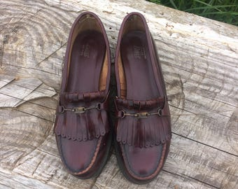 Vintage Loafers // Womens Penny Loafers // GH Bass & Co // Leather Loafers Womens Size 8 // Made in USA // Bass Loafers