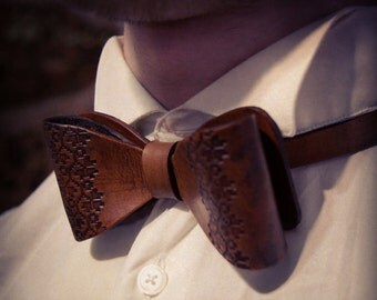 Bow ties for Men. Brown Leather Bowtie. Fathers Day Gift Father's Day. Mens bowties Wedding bow tie Groomsmen gifts Dapper Rustic Wedding copper leather bow tie, rose gold leather bow ties, mens metallic bowties, copper wedding bow tie, rose gold groom bowtie, boys gold bowties GuysAndTies. 5 out of 5 stars.