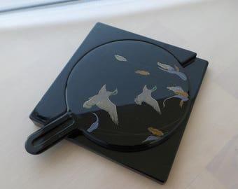 Mirror handheld vintage oriental Birds in flight in fitted mirror case