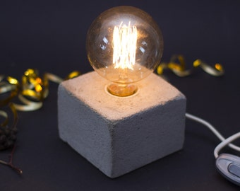 Concrete lamp - Edison lamp - Cube lamp