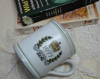 Queens silver jubilee mug,silver jubilee denby mug,vintage silver jubilee mug,memorabilia,the queen,vintage denby mug,1977 jubilee mug