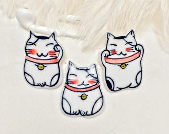 Porcelain Smiling Cat Brooch