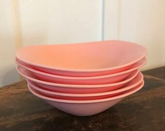 """Vintage Oneida Premier Pink Melamine """"Melmac"""" Cereal or Fruit Bowls Set of 5"""