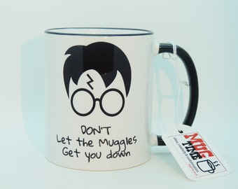 Harry Potter - Don't Let the Muggles Get You Down - Mug Cup - Black handle and rim - 320ml - Ceramic