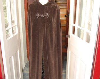 Stunning full length brown velvet 1970s vintage hooded cloak