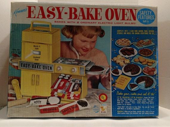 Vintage 1960s Easy Bake Oven Works Original Box