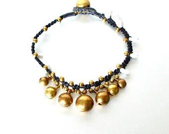 Beaded Bracelet, Bohemian Bracelet, Howlite And Gold Beads Bracelet, White Bracelet, Gypsy Bracelet, Bridal Bracelet, Gifts Bracelet, B111