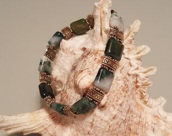"Green Moss Agate Stretchy Bracelet - Wrist Size 6-3/4"""
