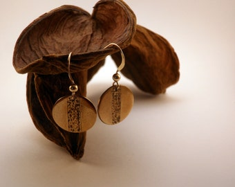 Hammered earrings handmade in golden bronze