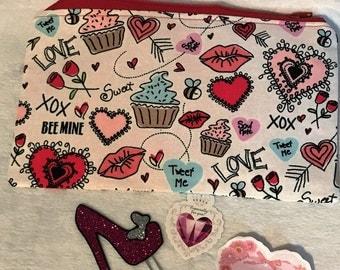 Valentines Pen/Pencil Pouch.... Make Up Bag... Toiletry Bag
