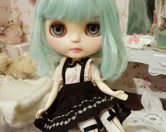 ooak custom blythe doll- Michell