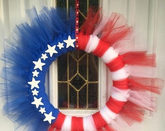 4th of july wreath, patriotic wreath, red white and blue wreath, Stars and Stripes wreath, tulle wreath