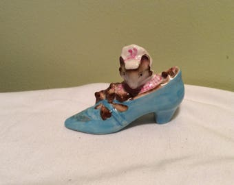 Vintage Royal Albert Beatrix Potter The Old Woman Who Lived In a Shoe England Blue Shoe Mouse Collectable Trinket Nursery