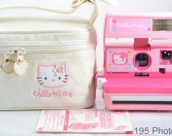 MINT Condition Hello Kitty Sanrio Polaroid 600 Camera with case