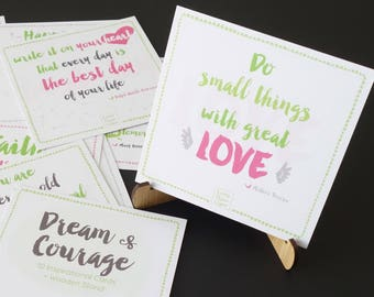 """Inspirational Quote Cards Set """"Dream & Courage"""" (+ Bamboo Stand) ~ Motivational Cards ~ Vision Board ~ Graduation Gifts"""