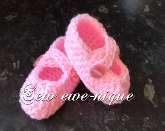 New born baby bootees