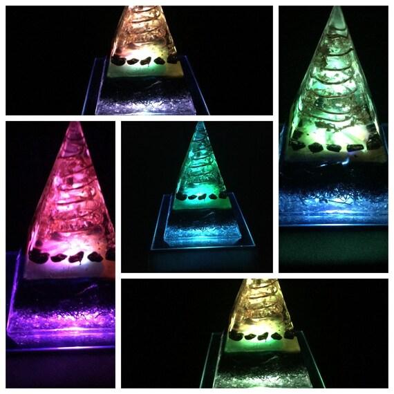 Orgone Pyramid Lamp - Orgone Pyramid - Healing Orgone Energy Generator -  Electromagnetic Radiation Shield - Feng Shui -