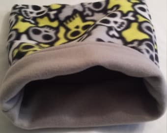 Snuggle Bag Skulls with grey fleece,cuddle sack,sleep sack ferrets,chinchilla,rat,guinea pig,hedge hog, sugar glider,pocket pet bag