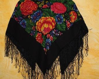 Big Soviet scarf. Ukrainian shawl. Wool. Flower scarf. Black roses. USSR. Vintage 80's.