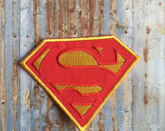 Super Hero red Gold Cartoon Embroidered Retro Iron  On Sew On Patch Patches Badge Clothing