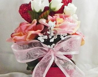 Red hearts, pink roses
