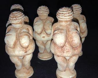 Handpainted Goddess Figure, Venus of Willendorf, Handmade Goddess Figurine, Resin Handpainted Venus of Willendorf, Altar Goddess Figure