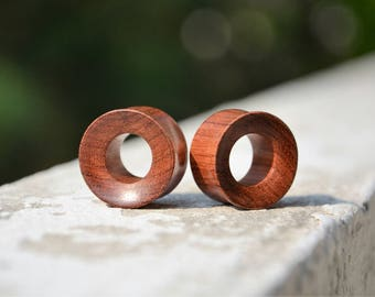 22 mm - 7/8 inch Big Blood Red Wood Tunnels - Pair of tunnels - Ethnic tunnels - Tribal Jewelry - Primitive tunnels - Big wood Plugs -